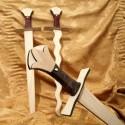 Meče bezbarvé
